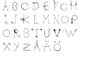 hjarta-smarta-earring-typeface-3-600x428
